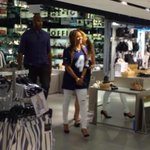 Cleared everybody tf out lol RT @Beyonce_Info: Beyoncé at Topshop in Chicago today http://t.co/BlI4q9EXle""