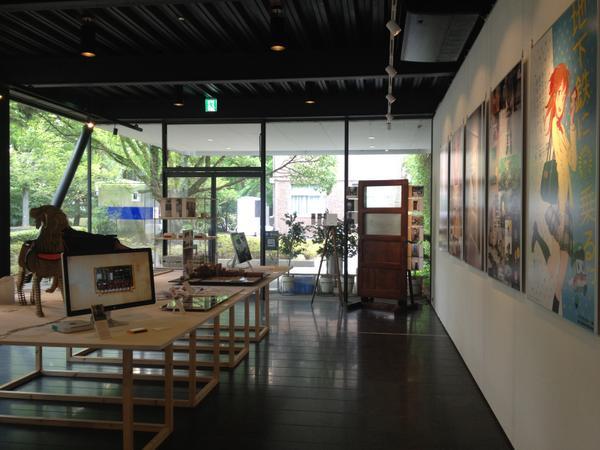 昨日から、京都工芸繊維大学で建築・デザイン系の若手OB/OGの展覧会を開いています。バラエティもクオリティもある展示なのでぜひ。入場無料で、7/26(土)のキックオフミーティング終了時まで。会場は60周年記念館1Fです。 http://t.co/cJT3yl9ybK