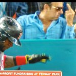 RT @SurvivingGrady: That dude behind the plate looks suspiciously like Andrew Dice Clay giving his wife the finger. #redsox http://t.co/WGhSU7FoSi