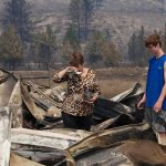 Washington wildfires take nasty turn as communities step up http://t.co/9ISz1sNpny http://t.co/5pG8xFAC0j