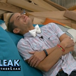 "RT @BigBrotherLeak: Frankie cant hold it in anymore. Hes breaking down crying. Frankie: ""I gotta do this for my grandfather."" #BB16 http://t.co/EUvQnmgr4m"