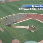 "Crew dismantling the ""pitch"" for the next #RedSox pitch at #Fenway. http://t.co/Y1Kdko23Lk"