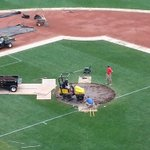 Rebuilding pitchers mound after it was flattened for #FootballatFenway #RedSox @senatorjohn @jtkantor @wgbhnews http://t.co/8IZTUxsBVA