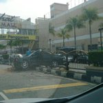 Accident at BPmall http://t.co/xLU7bqttEz