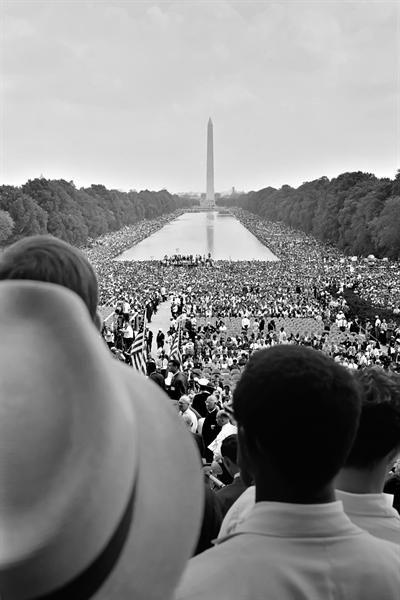 """Martin Luther King, Jr.'s """"I Have a Dream"""" Speech at Lincoln Memorial, Washington, D.C. on August 28, 1963 http://t.co/n9AWlnPigD"""