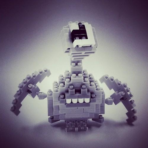 なんかレゴで作ったミギー見つけたww #寄生獣