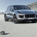 New Porsche Cayenne makes its debut http://t.co/RseUgxi8VE http://t.co/mWWlnRwqRl
