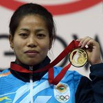 #Glasgow2014 | Weightlifter Sanjita Chanu gives India first gold in Commonwealth Games 2014 http://t.co/mhaAwSxF4q http://t.co/zsMZTR6NKz