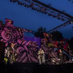 "Photos from the first night of free production of ""Twelfth Night"" on #Boston Common. http://t.co/6i2iU6C0Zi http://t.co/gDesm03r3R"