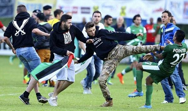 Israeli players attacked with kicks by Palestinians during match in Austria.  Watch >> http://t.co/emYK1G1hUA http://t.co/HRpXQYBi9F