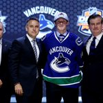 RT @VanCanucks: OFFICIAL: #Canucks have signed Jared McCann. MEDIA RELEASE: http://t.co/X7yApvnL8v http://t.co/pRQ9tMB7SC