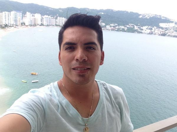 Arturo Vargas Rios (@LosPrimosArturo): Una más desde las alturas #Acapulco http://t.co/LYFyKLr1ka