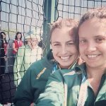 Queen photobombs Hockeyroos selfie at Commonwealth Games http://t.co/6df3k9BVP7 #Glasgow2014 http://t.co/A4NUx27UIU