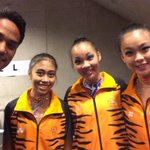 Syabas ... and TQ for d medal RT @Khairykj: Behind the scene with our bronze medal winners! @Glasgow2014 http://t.co/WmXkd40cFS