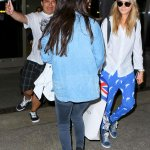 #Photo 24 Juillet: Selena et Cara arrivant à laéroport LAX / Selena and Cara arriving at LAX airport #1 http://t.co/5R5khBWsLs