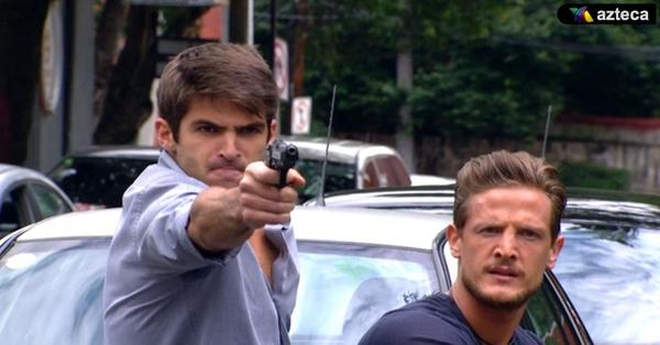 Ramiro Tomasini (@RamiroTomasini): #nelson y #jaguar @Cris_Wolf1 metiendole pimienta a  @SiempreTuyaOf http://t.co/ET49sZS0Mi