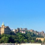 RT @edinburghcastle: What a skyline! MT @ScotlandTour: #Edinburgh @edinburghcastle @NatGalleriesSco - looking good, again! http://t.co/9C66GZHoec
