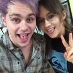 """@SarahMOnline: Michael just got his brow pierced ???? @Michael5SOS http://t.co/9w8UURSBEw"" YOU WENT WEIYHT HIMH"