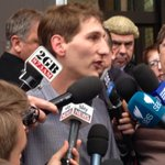 Jonathan Moylan addressing the media after avoiding prison over ANZ hoax email #standwithjono http://t.co/n6e53iBCM9