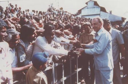 """""""I do not want India to be an economic superpower. I want India to be a happy country.""""—JRD Tata #JRDTata http://t.co/K062wVAtL2"""