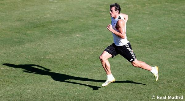 BtYN7 cIQAEjowh Ancelotti believes Gareth Bale will be Real Madrids most important player this year, ahead of Cristiano Ronaldo [Confidencial]