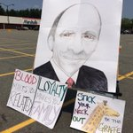 RT @MaryWCVB: The message From Tewksbury: #wcvb #MarketBasket http://t.co/3qaDgUZway