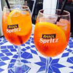 Pre-work drinks... Its too hot to not! @AperolSpritzUK #summer #aperolspritz #HappyFriday #iloveHD http://t.co/0GqBXxe49k
