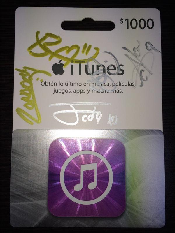 ¡Ya Párate!® (@yaparate40): List@s para ganarse la primera tarjeta de iTunes autografiada por @somosCD9 #LocosPorLaMusica http://t.co/2w4xYUn8zV http://t.co/X1bykFTTvA