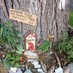 """@Ptbo_Canada: Someone Stole The Gnomes From The Magical Fairy Tree-> http://t.co/o5azAGQnd7 http://t.co/c9RAHM1Yhg"" the gnome went roaming?"