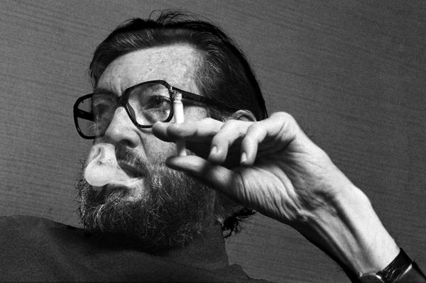 adnCULTURA (@adnCULTURA): Cortázar: retrato del narrador como poeta http://t.co/LSwLKWaxsR #poesia http://t.co/ABsWyKhmeD