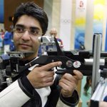 RT @IExpressSports: BREAKING #CWG2014: @Abhinav_Bindra wins GOLD in 10m mens air rifle #Glasgow2014, Indias 2nd medal today, 1st gold http://t.co/iZ0XByqDKs