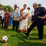 RT @gkash77: @jhunjhunwala try this Pranab Da in #Kick mood Bhai Roxxx http://t.co/CW9M9EXbes