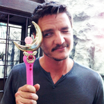 RT @catsuka: Sailor Moon x Game of Thrones ;-) (thanks to @PedroPascal1) http://t.co/qD19kBV25c http://t.co/BTn0KDTOiI