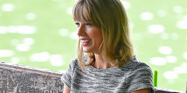 Taylor Swift Gives A Fan The Best Love Advice On Insta