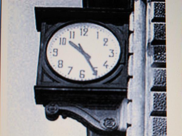 Stazione di Bologna, 2 agosto 1980. I giovani di allora non dimenticheranno mai http://t.co/aNN3qgRd89