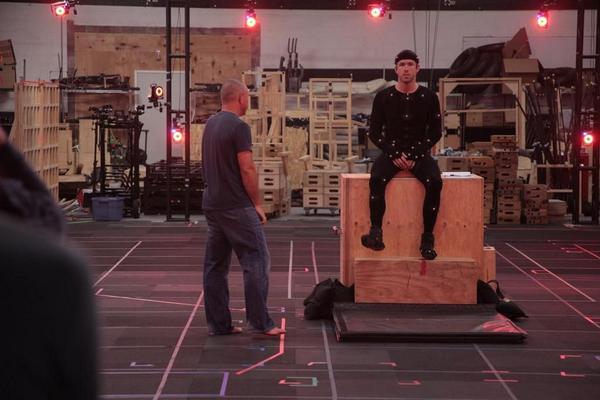 Райан Рейнольдс на тестовых съемках к «Дэдпулу».Проекту несколько лет и, похоже, к нему снова хотят подогреть интерес http://t.co/oPAhF3NY4G
