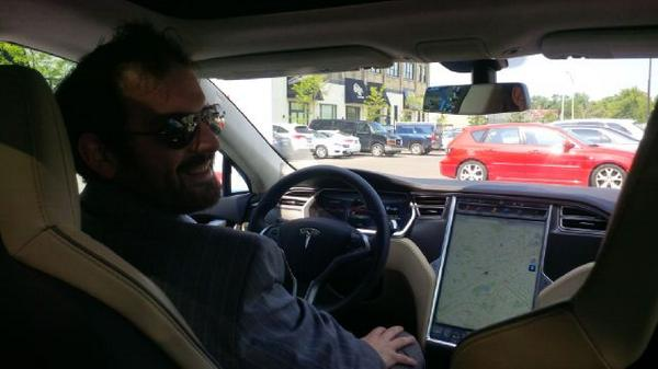 Drove a @Tesla_Canada today. Spectacular. 0-60mph in 4.4 sec.  The future's car, today. http://t.co/QmKlu5vc5p
