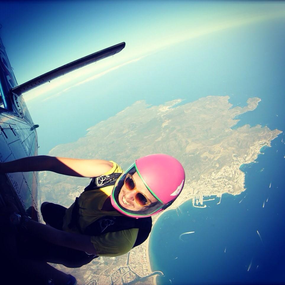 The flying PEOPLE . @aldocomas @skydreamfactory #andorra http://t.co/mlbJHcCb6p