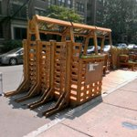 The @meimeiboston location has the best Parklet in town!! #Solar #PhoneCharger #BikeRack #Boston http://t.co/h3hmUXPRif