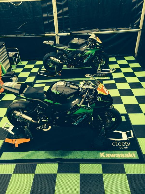 For sale 2X 2014 ZX10Rs please email steve50brogan@hotmail.co.uk for details. Both only done 4 races this year. http://t.co/ndX1MgTuDX