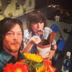 RT @ChandlerRiggs: Panel time! #WalkingDead #SDCC2014 http://t.co/kzSQPpAB7Y