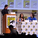 RT @TheNerdFu: Salma Hayek & Joe Lynch on stage to talk about upcoming film #Everly. #SDCC #ComicCon #SalmaHayek - http://t.co/s4yJJAGwXC