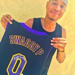 THANK YOU the BEST franchise in sports: @Lakers! Feeling real Swaggy today #SwaggyVision #GoLakers @NickSwagyPYoung http://t.co/QMggc3a7Ck
