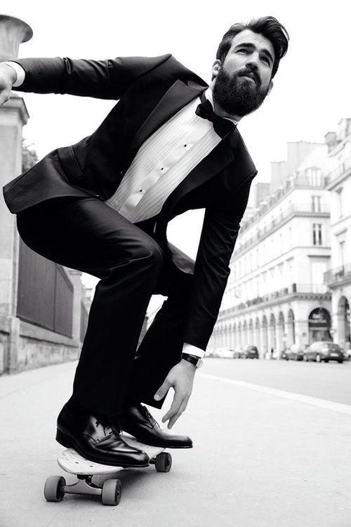 Suit Skating http://t.co/R9Ts23YXAe