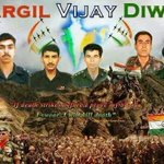 Heartfelt Tributes to the Heroes of Kargil victory on the Kargil Vijay Diwas. http://t.co/RXLo18i5WH