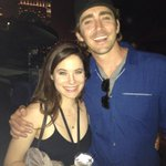 RT @BryanFuller: #WONDERFALLS REUNION #SDCC2014 with CAROLINE DHAVERNAS and @LEEPACE http://t.co/yWrJMByCK1