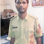 Brave man! Stuck in traffic jam, GRP constable Prashant carries injured commuter 2 hospital http://t.co/i6Fk26R79z http://t.co/wn7ebu9NNV