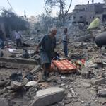RT @OliverWeiken: Palestinians look for salvageable goods amidst the debris in Beit hanoun #gaza http://t.co/3B6KnD6GZK