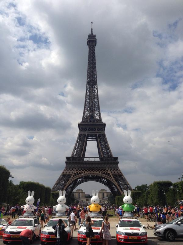 みっひーちゃんパリにとうちゃく!RT @LeTourUtrecht: .@Miffy_UK made it to Paris. Ready for the last stage @letour #tdf #tdfutrecht http://t.co/McaAJop4Uq