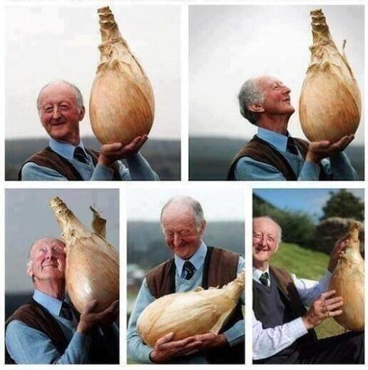 If you're having a bad day today, just look at how happy this man is with his onion: http://t.co/oxmZaYShVU